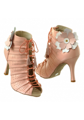 Varvara ruviso-dancewear.com